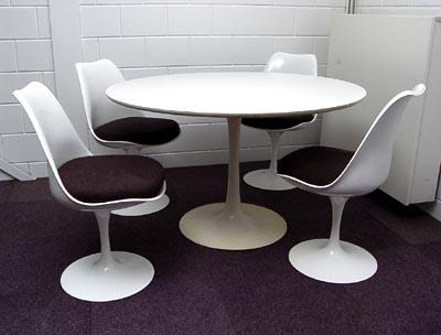 Botterweg auctions amsterdam u003e ronde tafel hoog 73 cm met 4