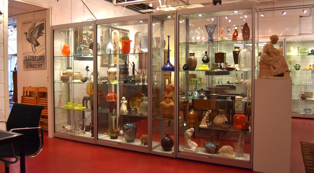 Showroom Botterweg Auctions Amsterdam